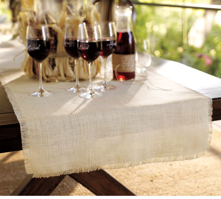 Pottery Barn Inspired DIY Burlap Table Runner