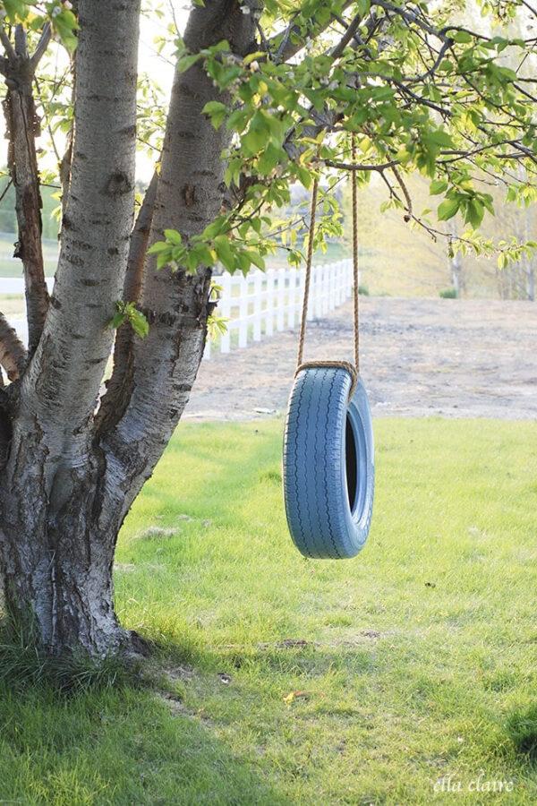 Hanging DIY tire swing
