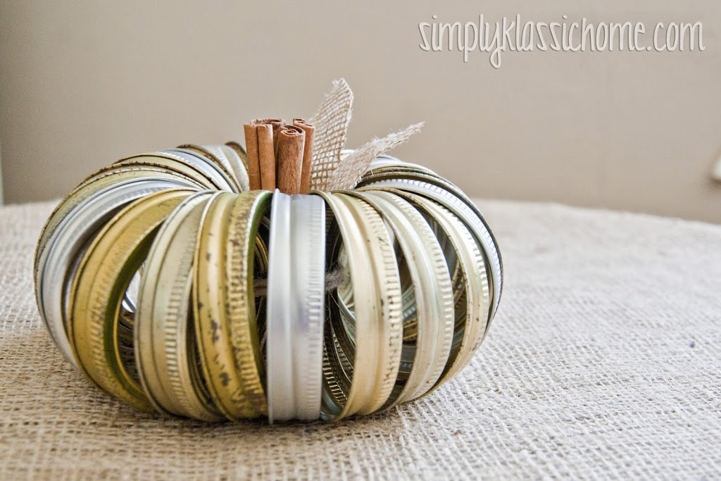 Easiest and quickest Fall craft ever! Make this canning jar ring pumpkin in five minutes flat!