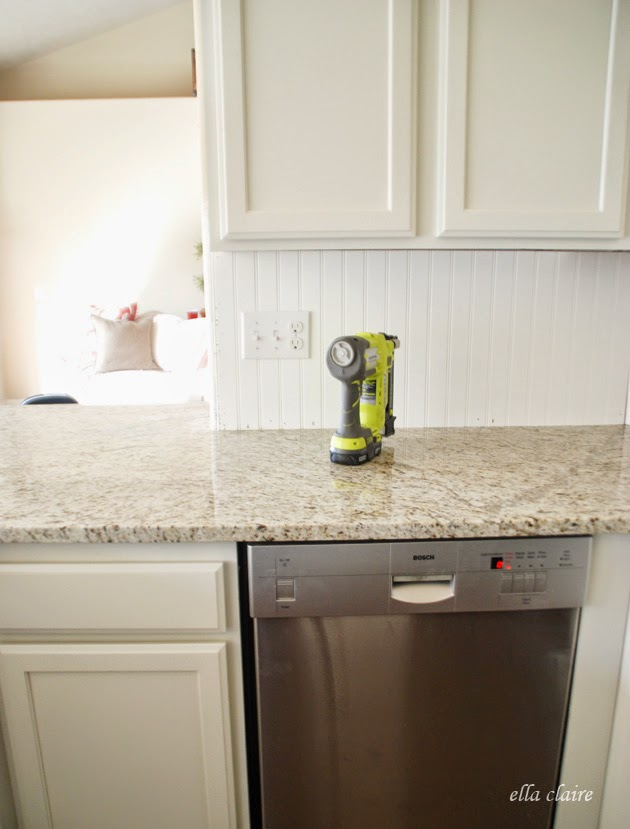 30 beadboard kitchen backsplash tutorial   ella claire