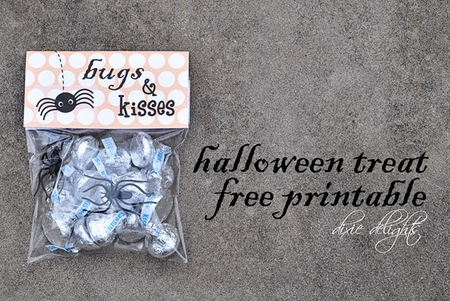 Free Printable Bugs and Kisses Halloween favor!