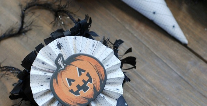 Scrapbook Paper Cone Ornaments | Halloween Tree