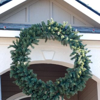 How to Hang a Giant Outdoor Christmas Wreath