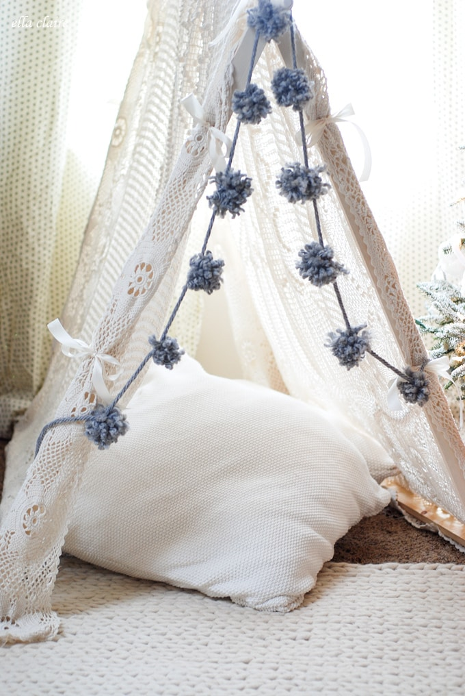 Adorable-vintage-tent-and-rug-from-Ella-Claire