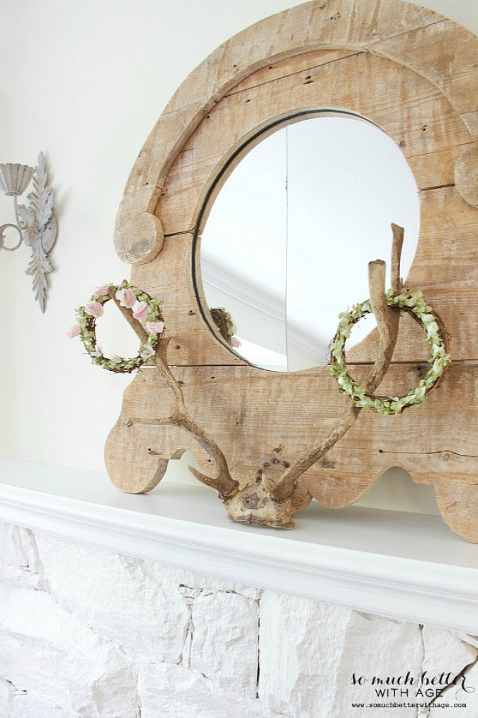 Rustic mirror, antlers and floral crowns