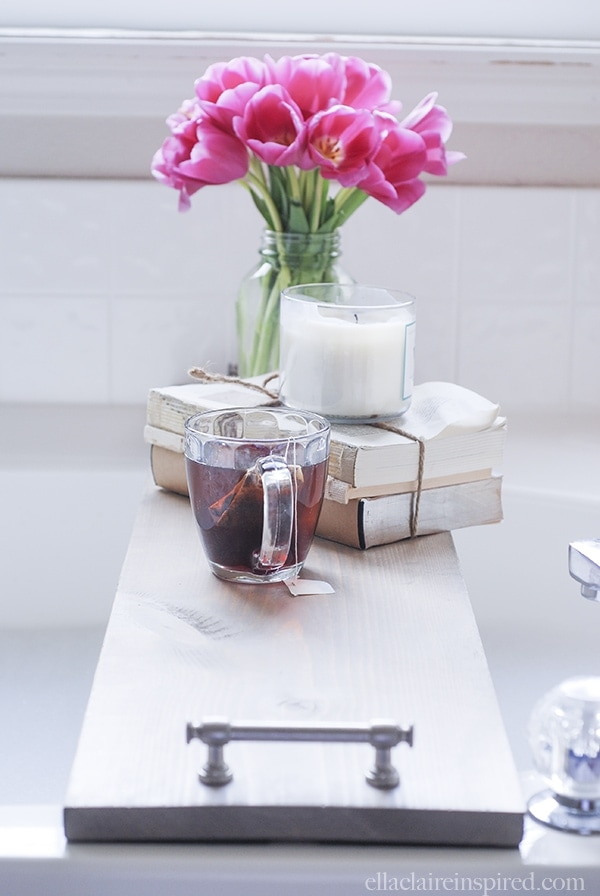 Easy DIY Bathtub Tray