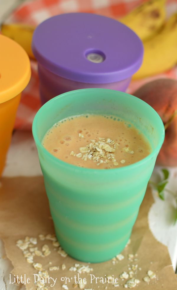 Peach Oatmeal Smoothies are an on the go breakfast that will stick with you the whole day! Little Dairy on the Prairie
