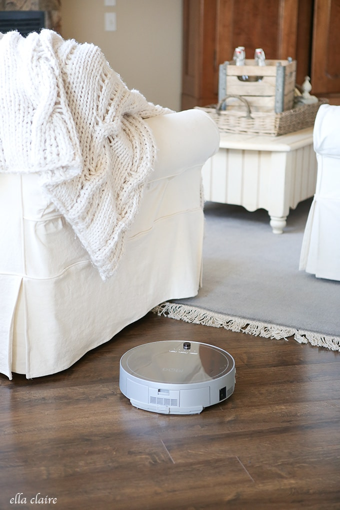 How I keep my Dark Floors Clean- Robotic Vacuum Review