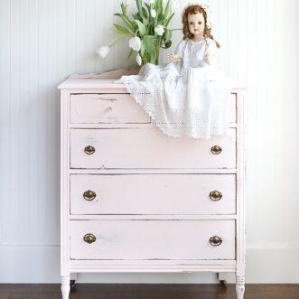 Vintage Dresser Makeover | Ella's Room