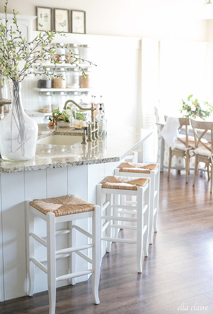 Farmhouse Style- Mixing old and new