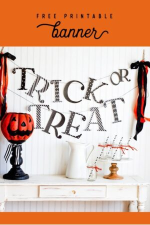 Free Printable Trick or Treat banner- easy and cute DIY Halloween and Fall party decor #printable #freeprintable #Halloween #Fall #halloweendecorations