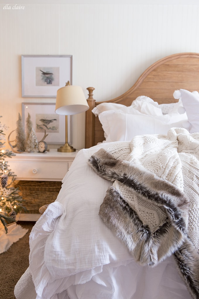 woodlands christmas bedroom decor - Christmas Bedroom Decor Ideas