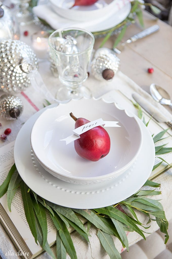 Farmhouse Christmas Tablescape ideas for cozy entertaining