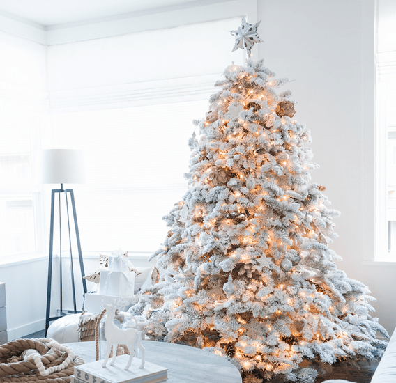 35 amazing Christmas trees | Flocked Christmas Tree