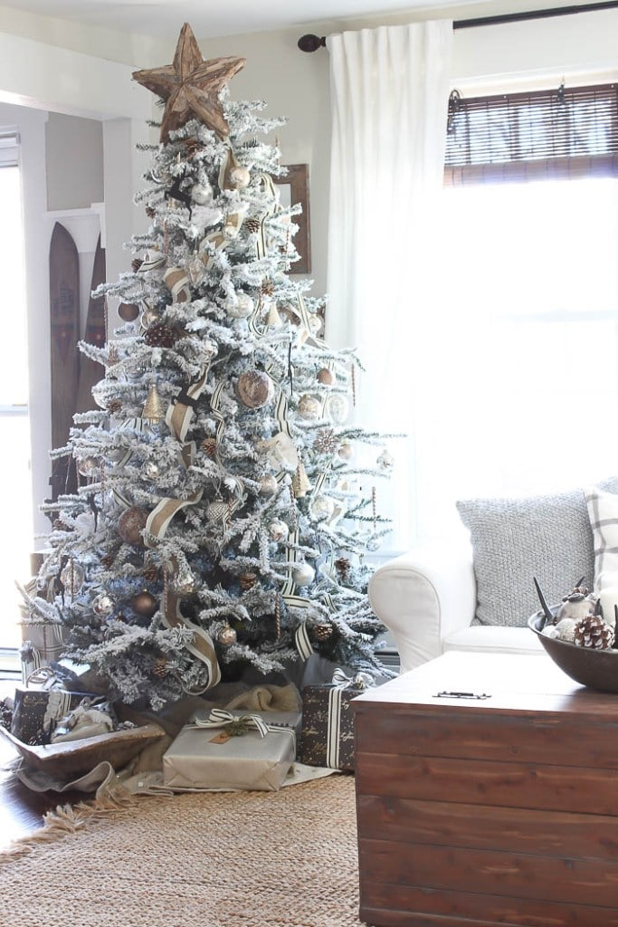 i love the rustic wood elements added to this fun tree by rooms for rent christmas tree - Rent A Decorated Christmas Tree