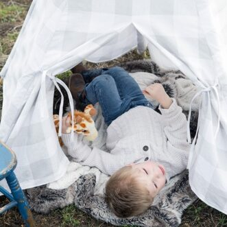 How to build a Child's Teepee in One Afternoon