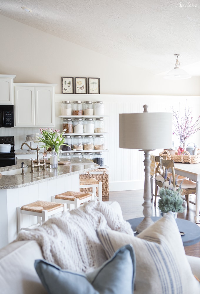Spring Farmhouse Home Tour with Vintage and DIY touches