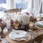 Simple Fall Tablescape | Thanksgiving Entertaining