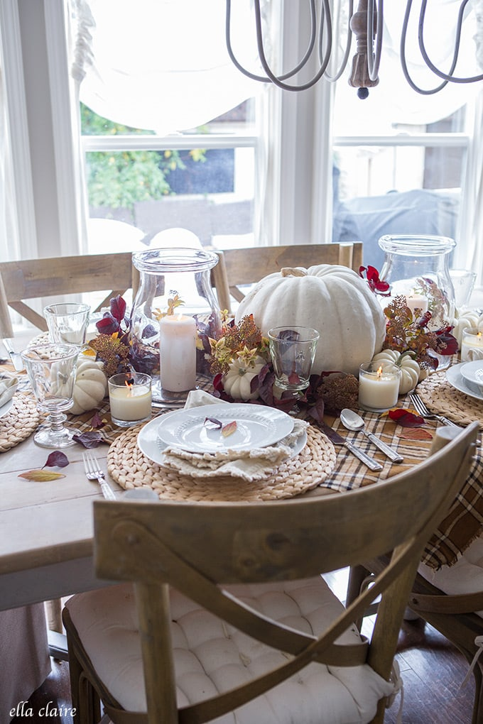 candlelight- Simple Fall Tablescape for Thanksgiving Entertaining