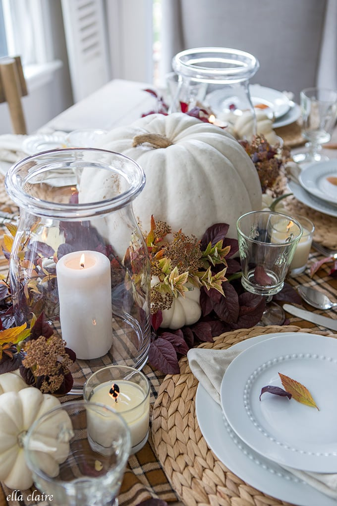 Simple Fall Tablescape for Thanksgiving Dinner Entertaining