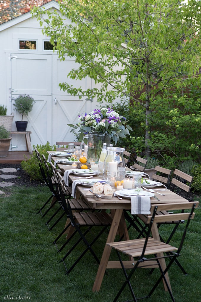 Dining al fresco with sweet garden flowers