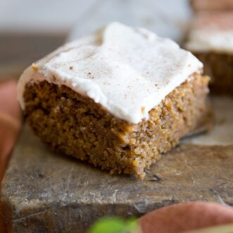 moist delicious pumpkin snack cake- easy to make and perfect for fall