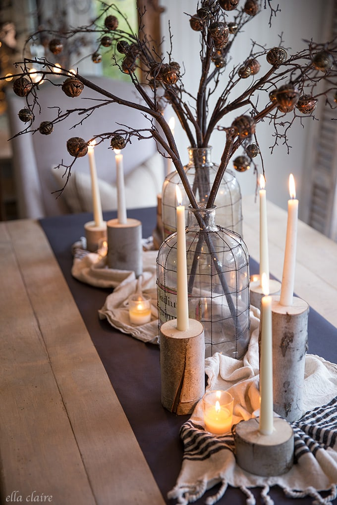 Easy candlelight centerpiece for a Spooky Halloween table