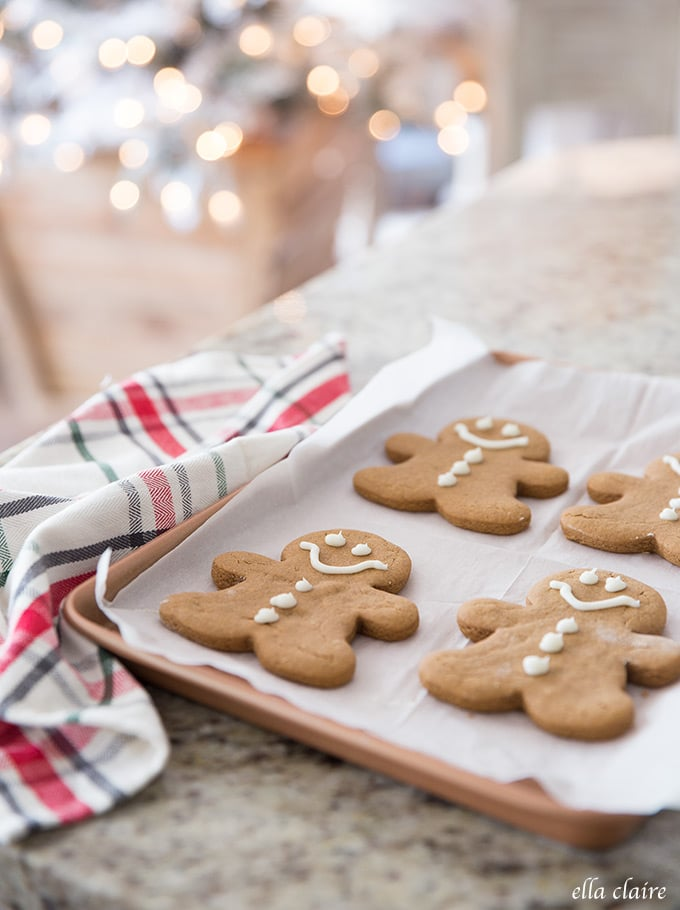 Classic gingerbread men- the perfect soft Christmas cookie recipe!