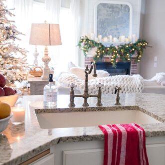 15 Inspiring Christmas Kitchens