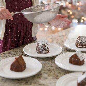 Gingerbread Cake Houses
