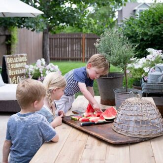 Sweet Summer | Functional and Beautiful Small Backyard Ideas