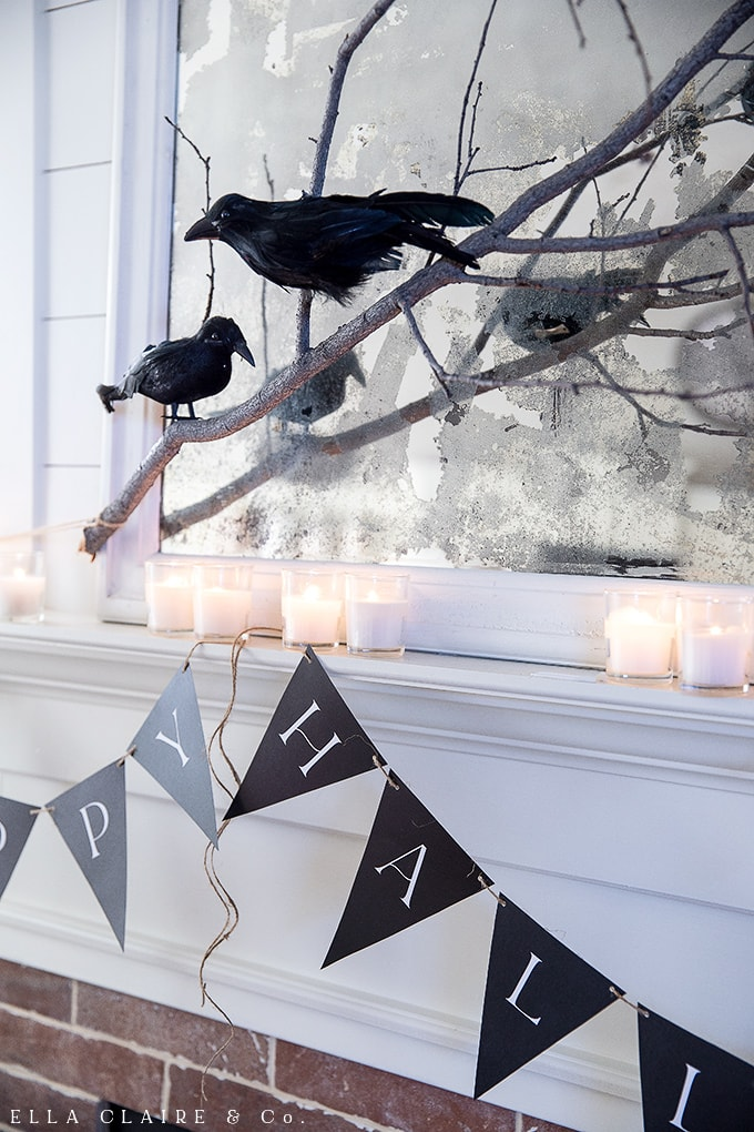 Free Printable Happy Halloween banner for costume parties, halloween decor, mantels, doors, and more!
