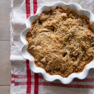 The best apple crumble pie with delicious flavor and texture. A Fresh take on a classic recipe for thanksgiving.