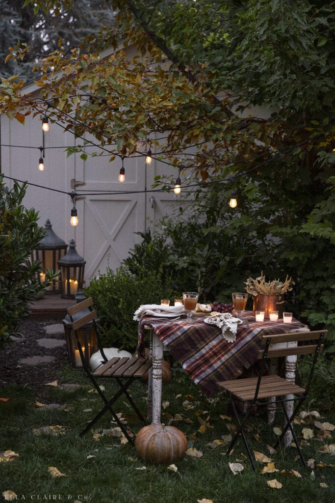 Fall Table By Candlelight | Outdoor Fall Decorations