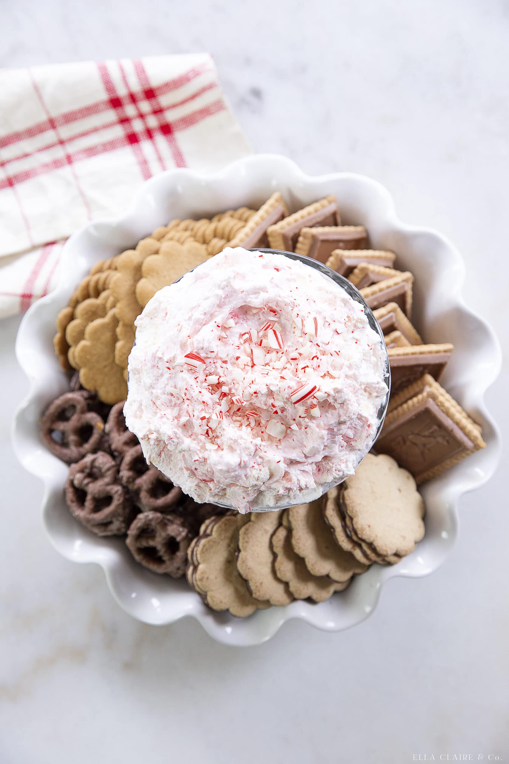 bowl of peppermint cheesecake dip